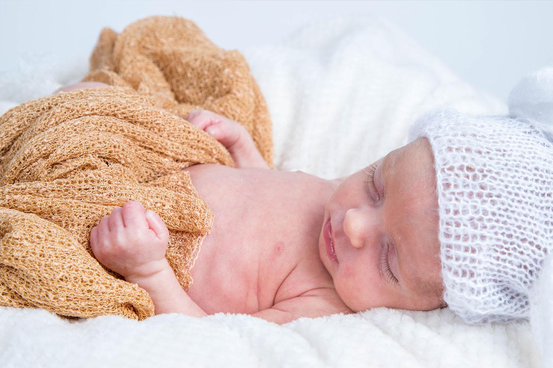 newborn shoot apeldoorn Fe